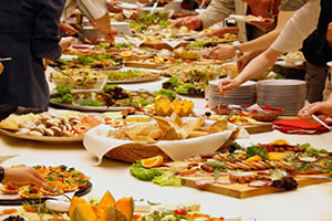 catering-in-swindon-for-large-groups